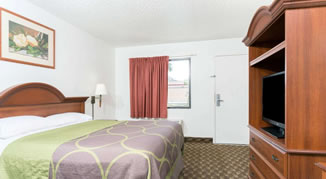 Super 8 by Wyndham Riviera Beach West Palm Beach